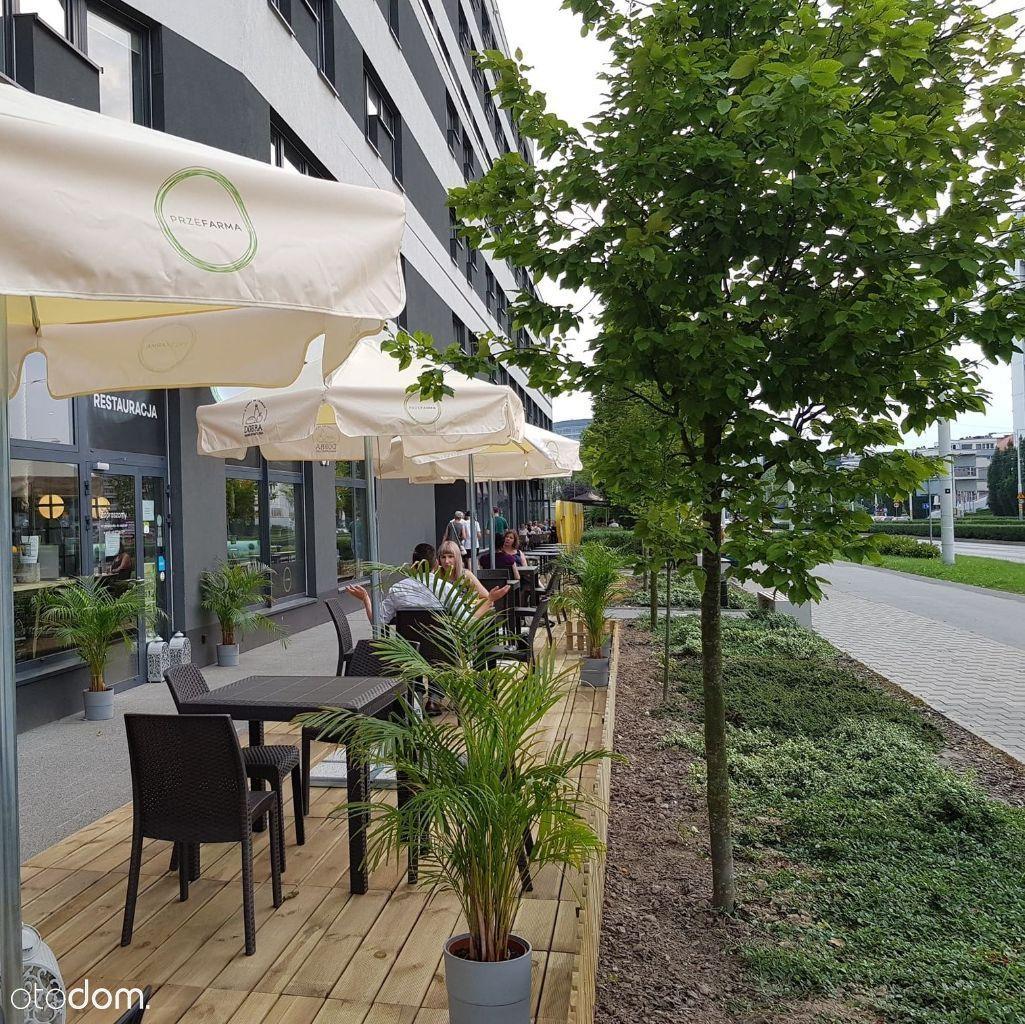 Restauracja z ogródkiem w Centrum Akademickim