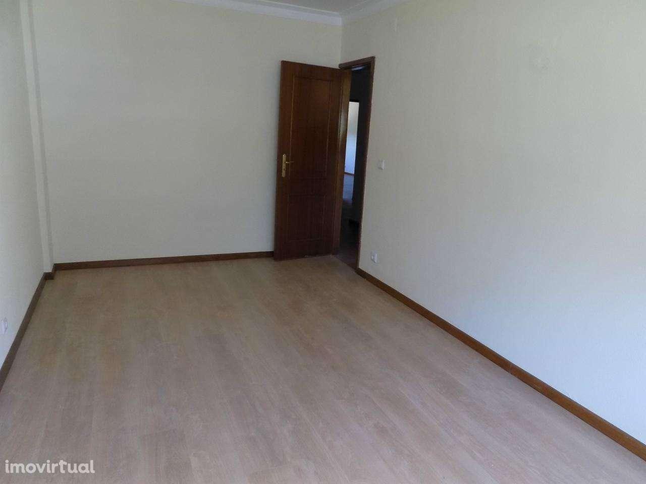 Apartamento para arrendar, Oliveira do Douro, Porto - Foto 12