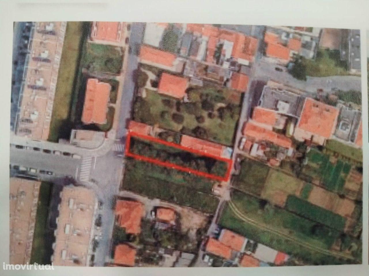 Terreno p/ const. altura, para Compra por 290.000 € em Vila Nova Gaia