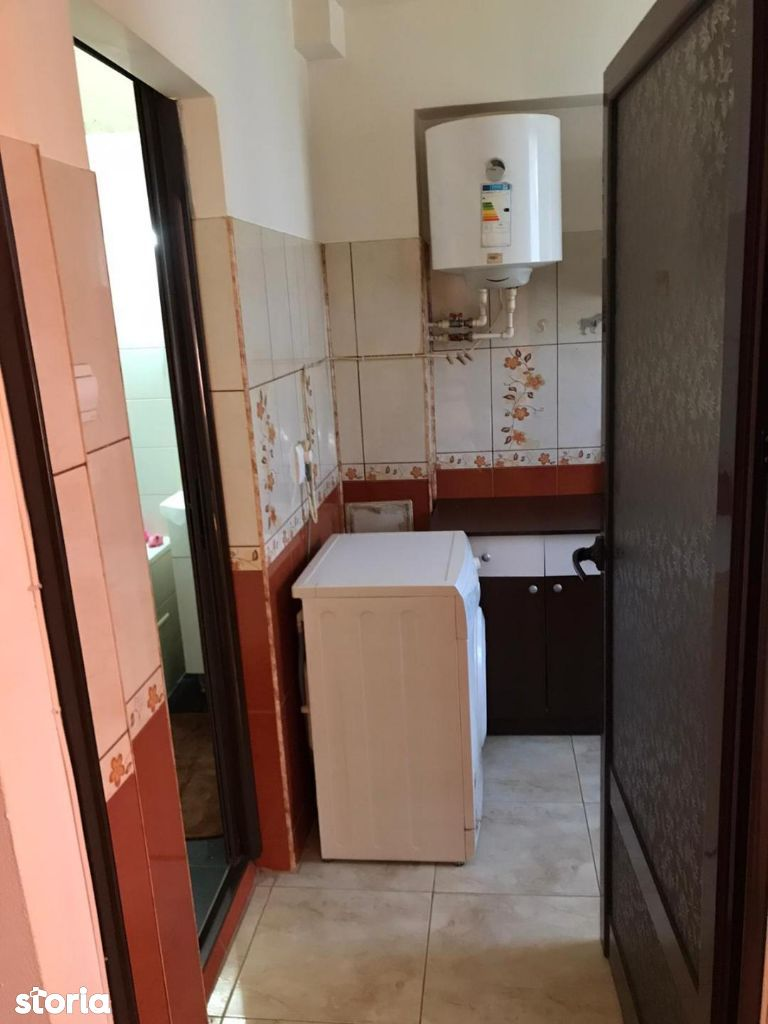 OFER de inchiriat un apartament cu o camera tiglina1 parter 200 euro