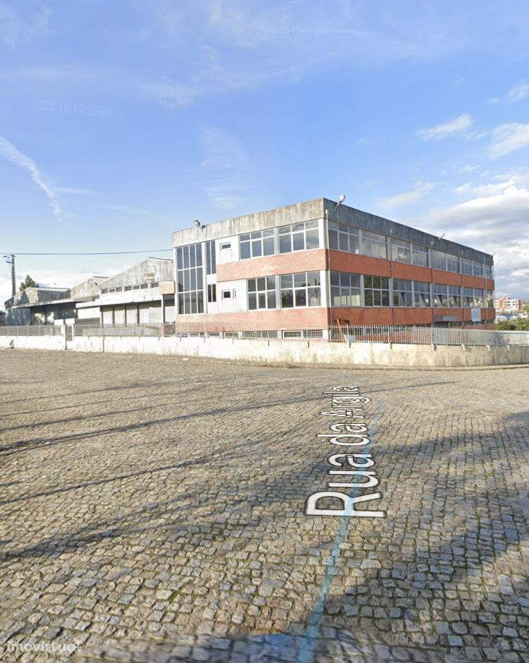 Armazém 3715 m2 Zona Industrial Alfena| Valongo | NEW