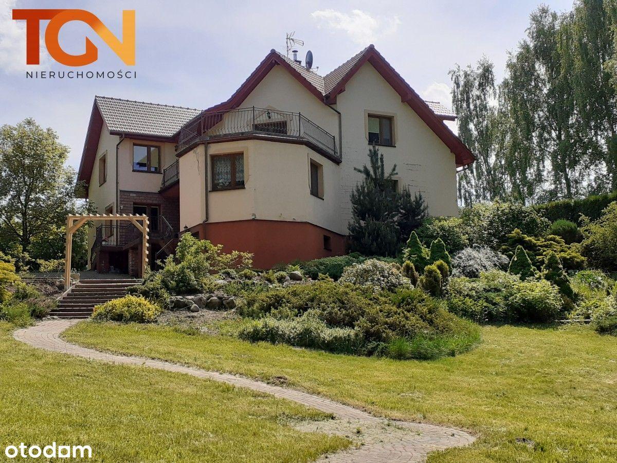 Dom na malowniczej działce w Kalonce