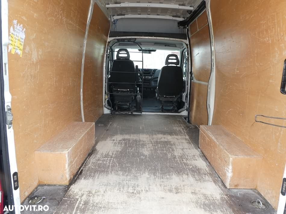Iveco DAILY 35 S - 9