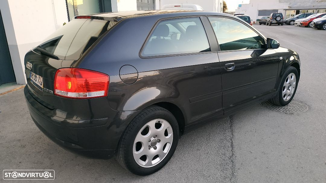 Audi A3 2.0 TDi Attraction - 18