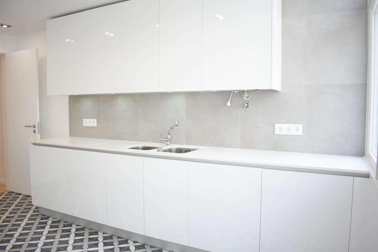 Apartamento para comprar, Rua Diogo Bernardes, Alvalade - Foto 2