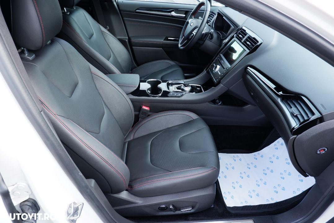 Ford Mondeo 2.0 - 35