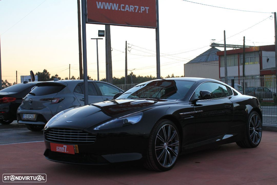 Aston Martin DB9 Coupe - 1