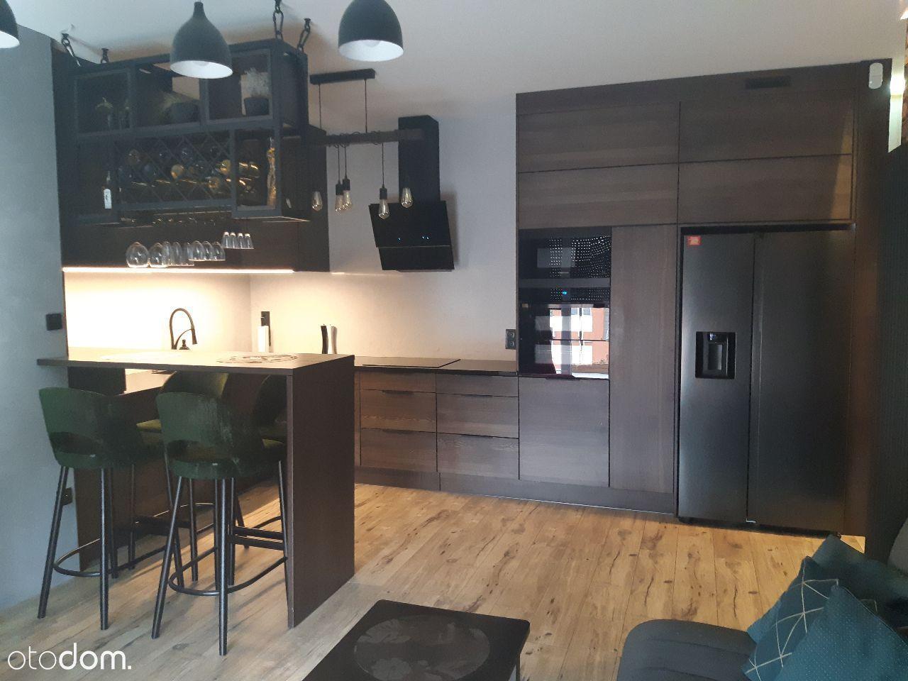 Mieszkanie M3 + 2 miejsca w garażu podziemnym
