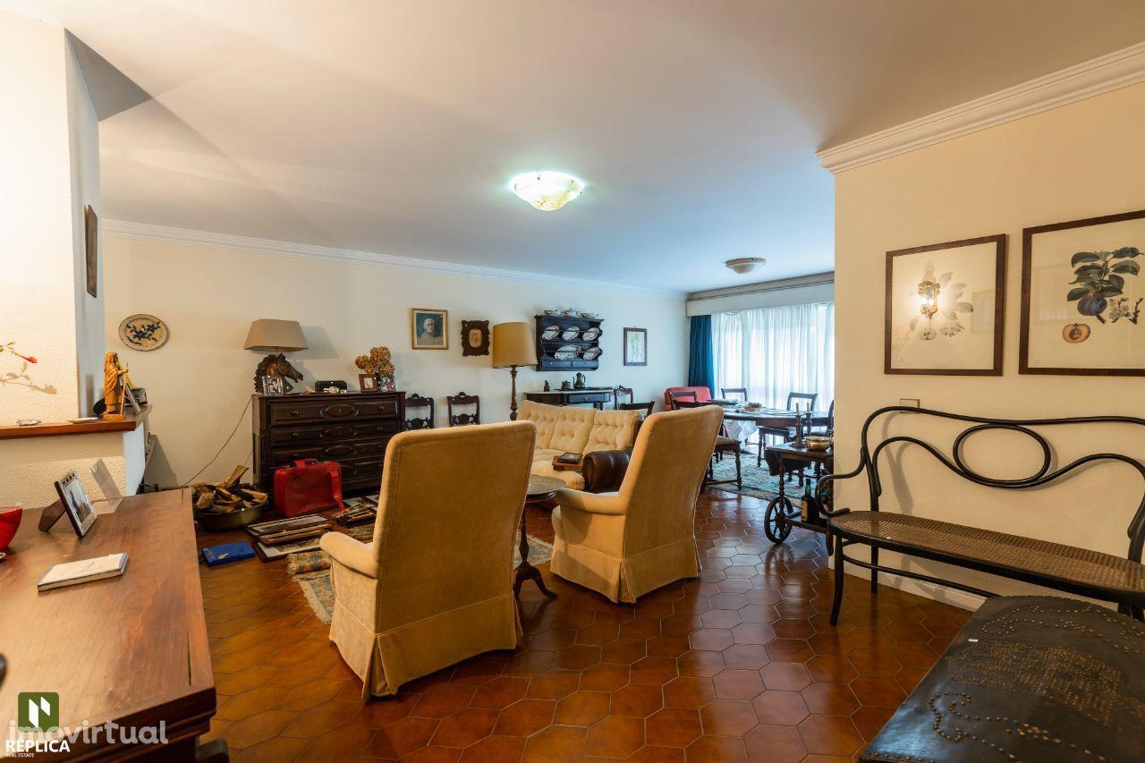 Apartamento T4 à Quinta Seca