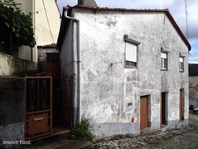 Casa rural à venda em Castanheira de Pêra