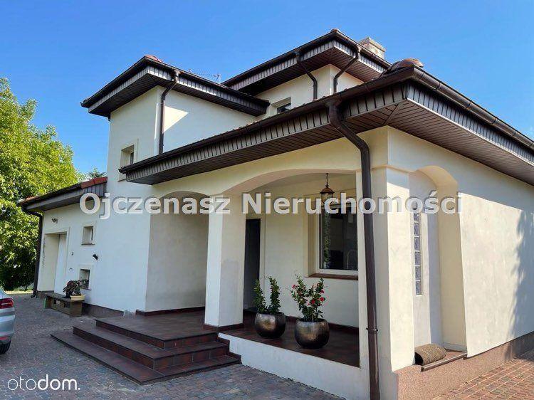 Dom, 242,50 m², Niemcz