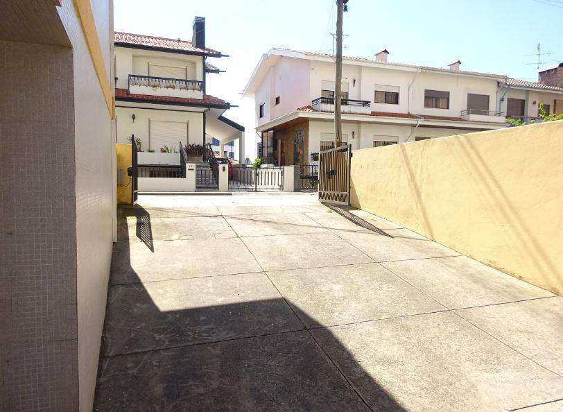Armazém para arrendar, Ermesinde, Porto - Foto 1