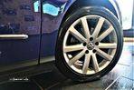VW Passat 2.0 TDi Highline - 11