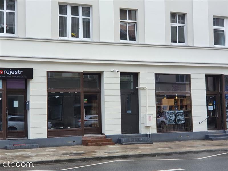Lokal użytkowy w Centrum Gdyni w odnowionej kamien