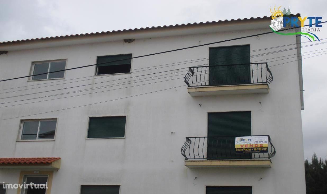 Apartamento T3 situado em Vila de Rei em fase de acabamento