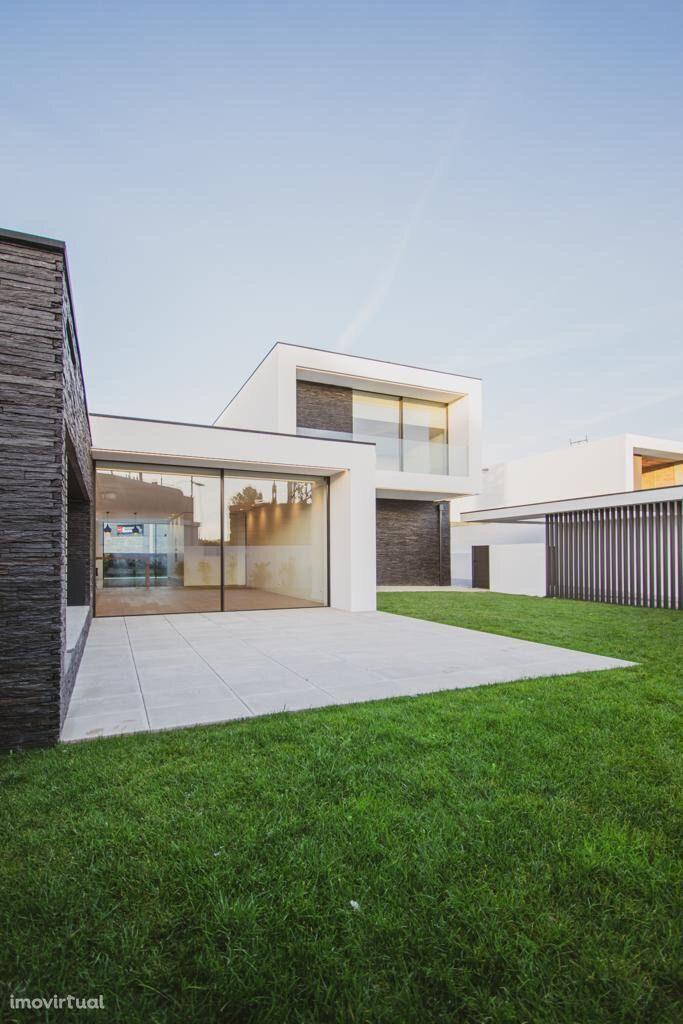 Moradia, 300 m², Apúlia e Fão