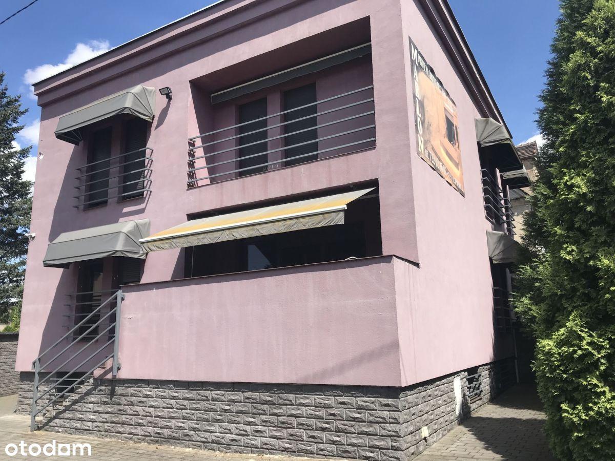 Dom wolnostojący z parkingiem