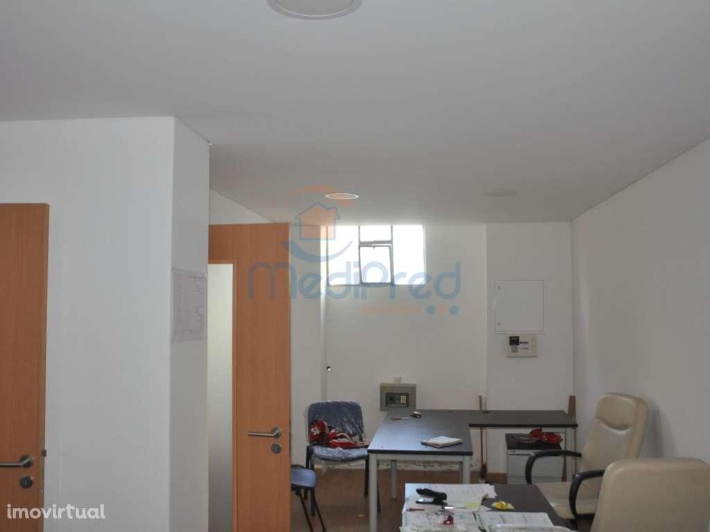 Armazém para arrendar, Póvoa de Santo Adrião e Olival Basto, Odivelas, Lisboa - Foto 3