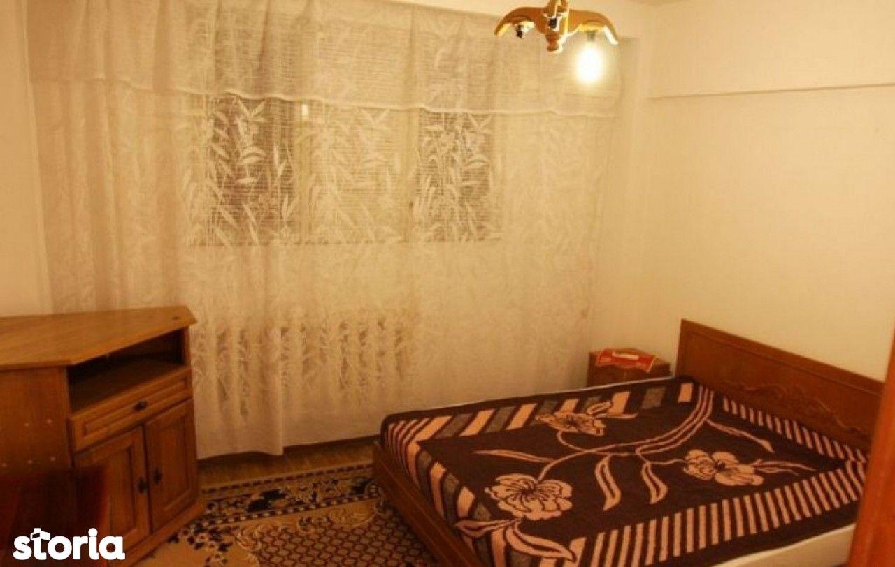 Apartament 2 camere transformat in 3, dec, 55 mp utili, zona