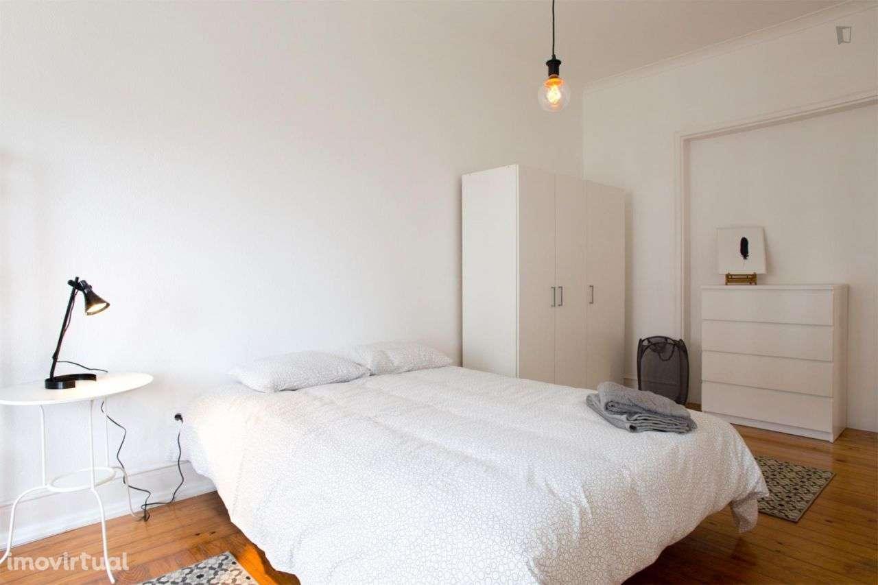 Quarto para arrendar, Areeiro, Lisboa - Foto 2