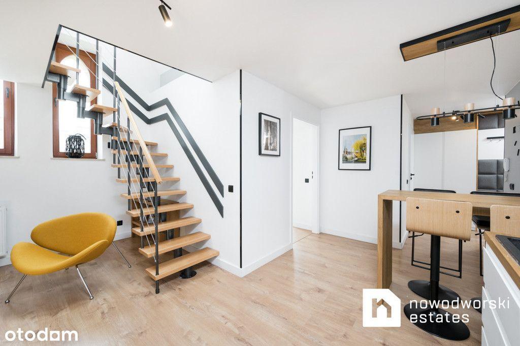 Dwupoziomowy apartament - Stare Miasto (Faktura)