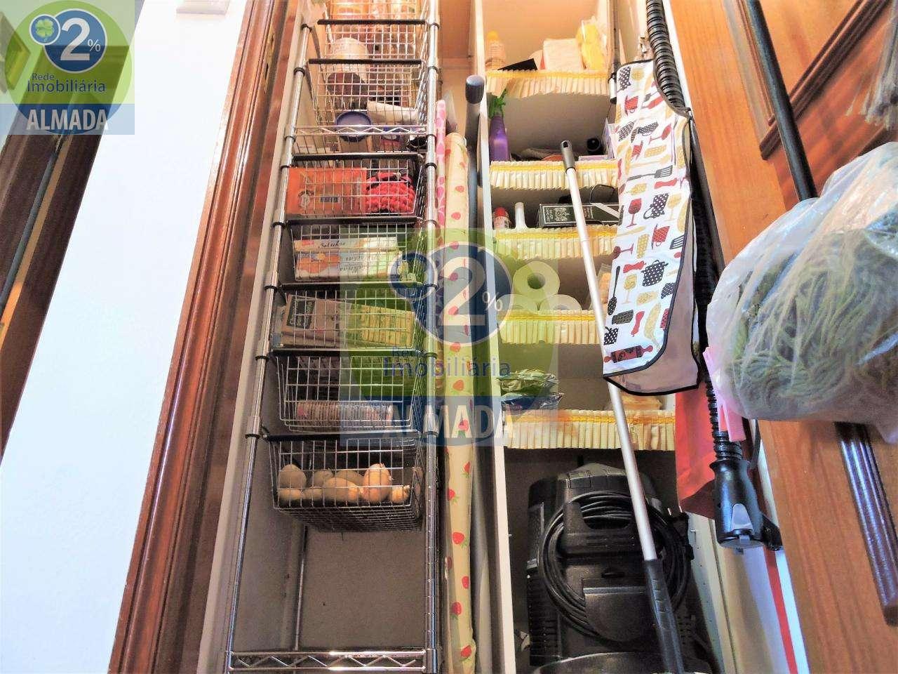 Moradia para comprar, Charneca de Caparica e Sobreda, Setúbal - Foto 8