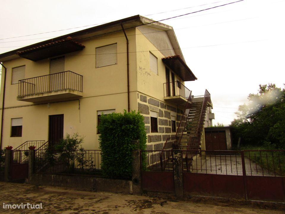 Moradia T3 em Felgueiras (CENTRO)