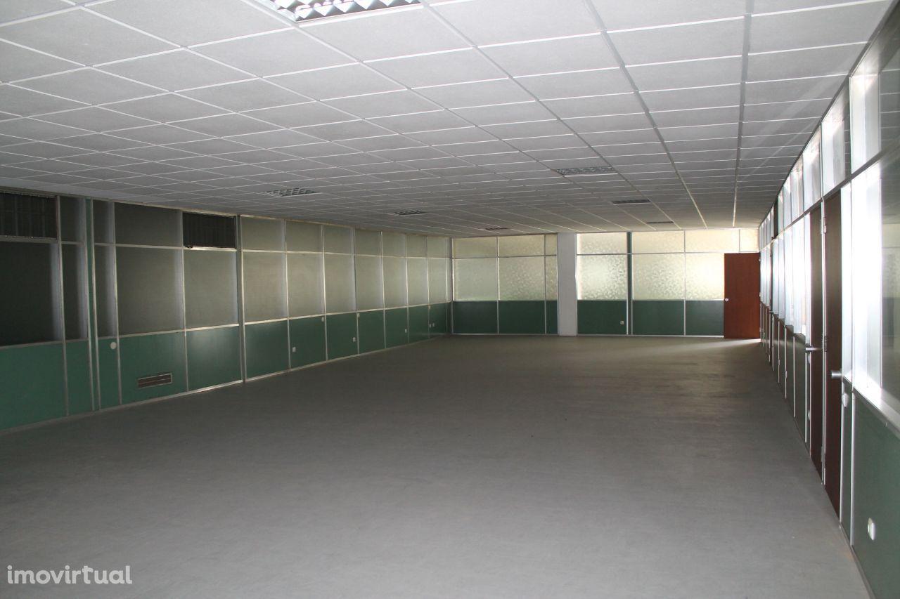 Escritório 195 m2 - V. N. Gaia