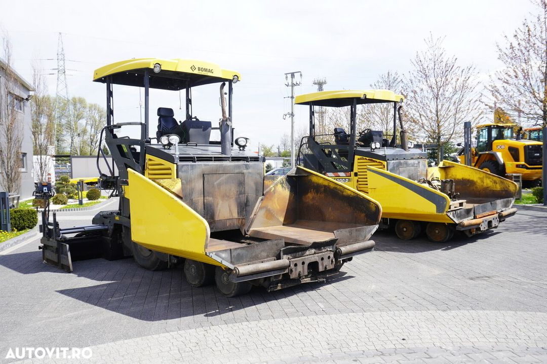 Bomag BF 300P , 2900 MTH , 6X4 , Work width 3,4m , SideView , auto-gr - 1