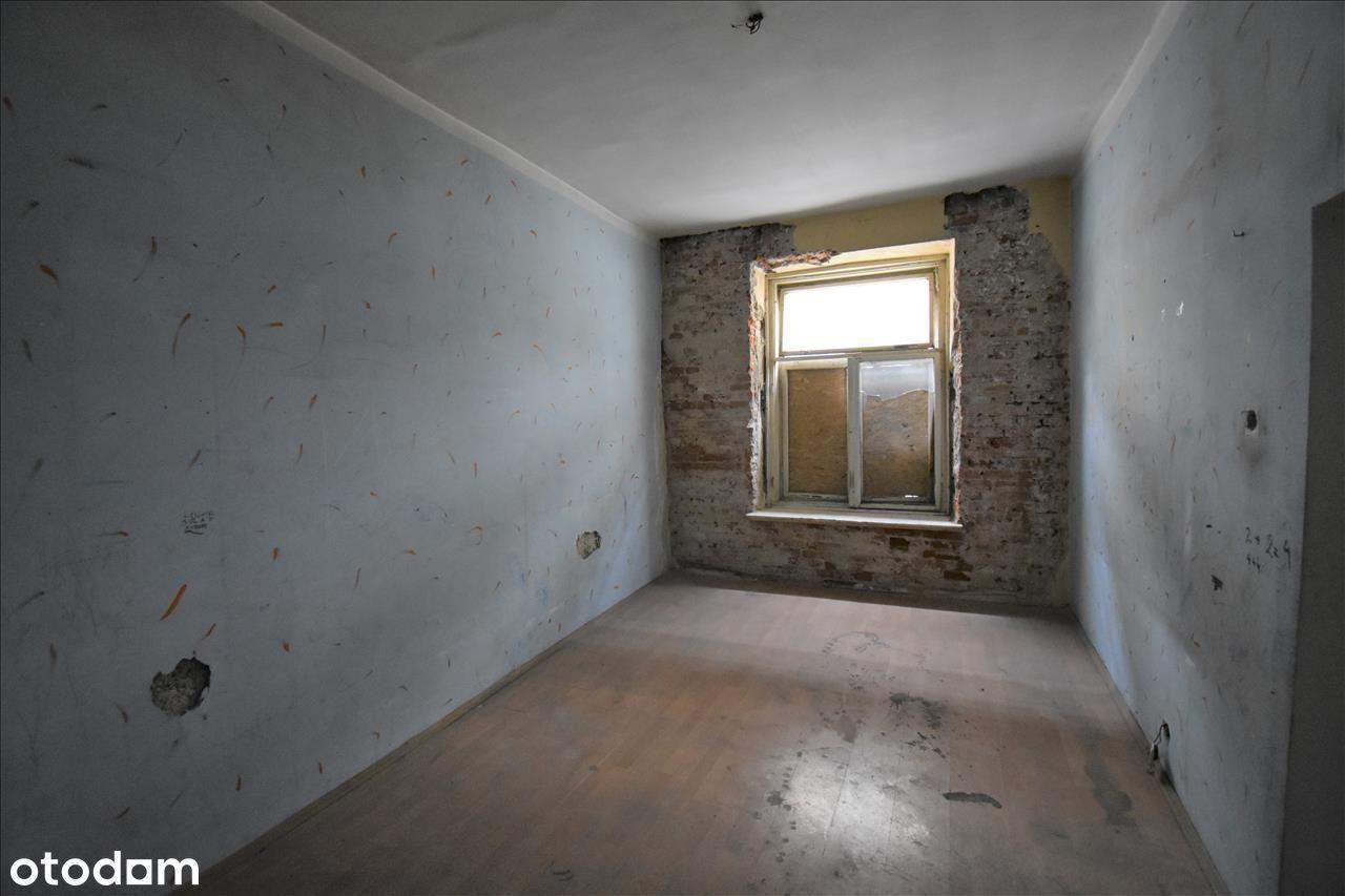Mieszkanie w centrum do remontu