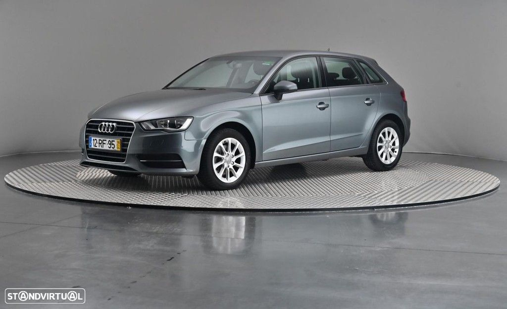Audi A3 1.6 TDi Business Line Attraction - 1