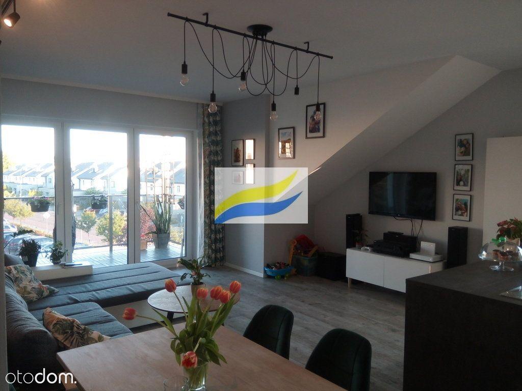 Gryfny apartament we Knurowie, ul. Wiosenno