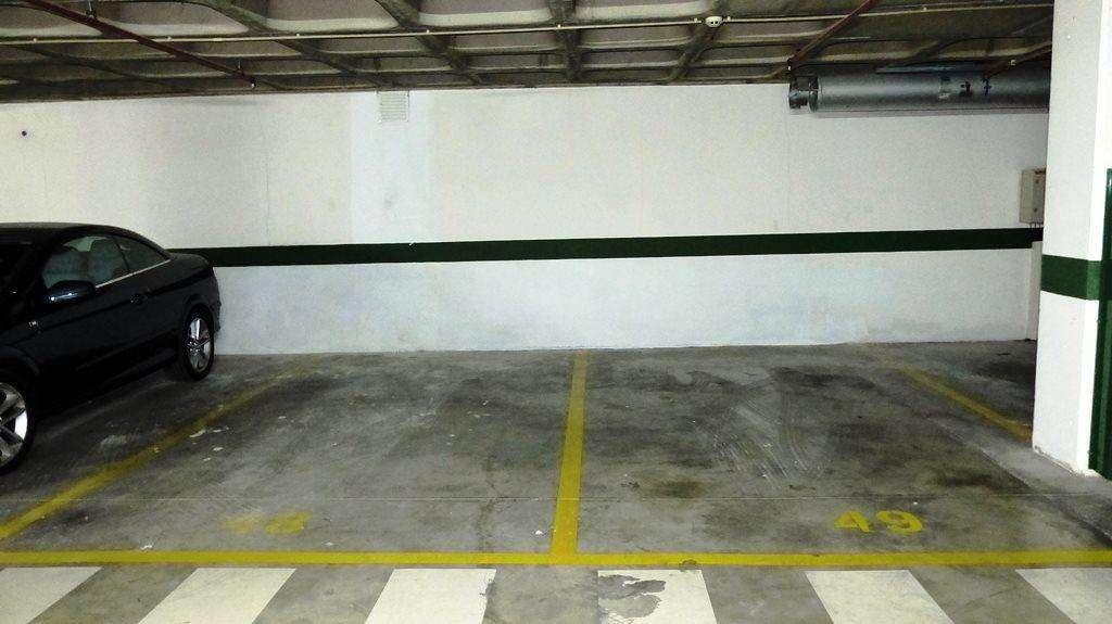 Garagem para comprar, Benfica, Lisboa - Foto 1