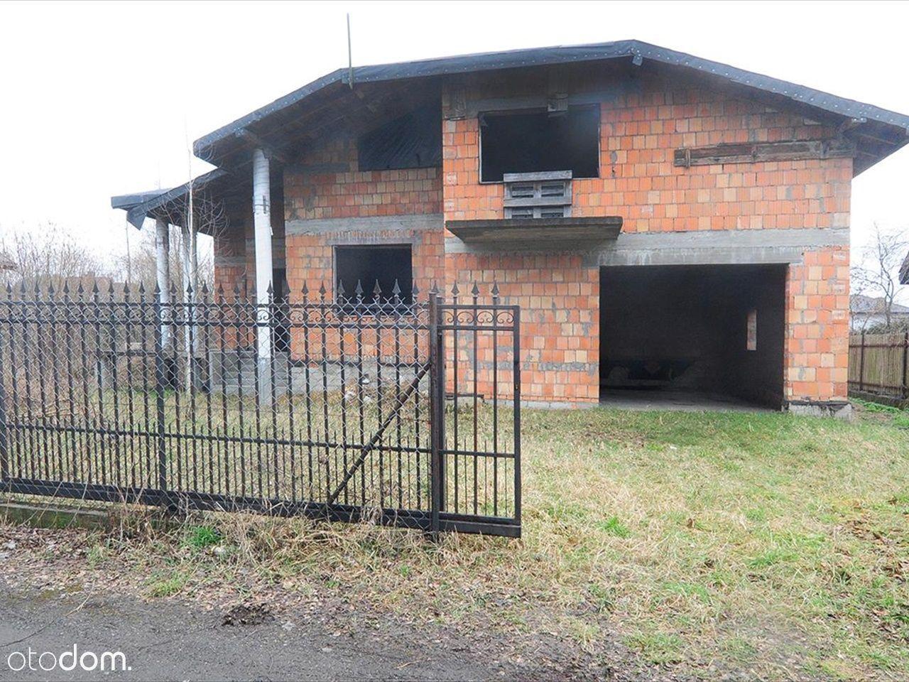 Dom Chotomów wolnostojący