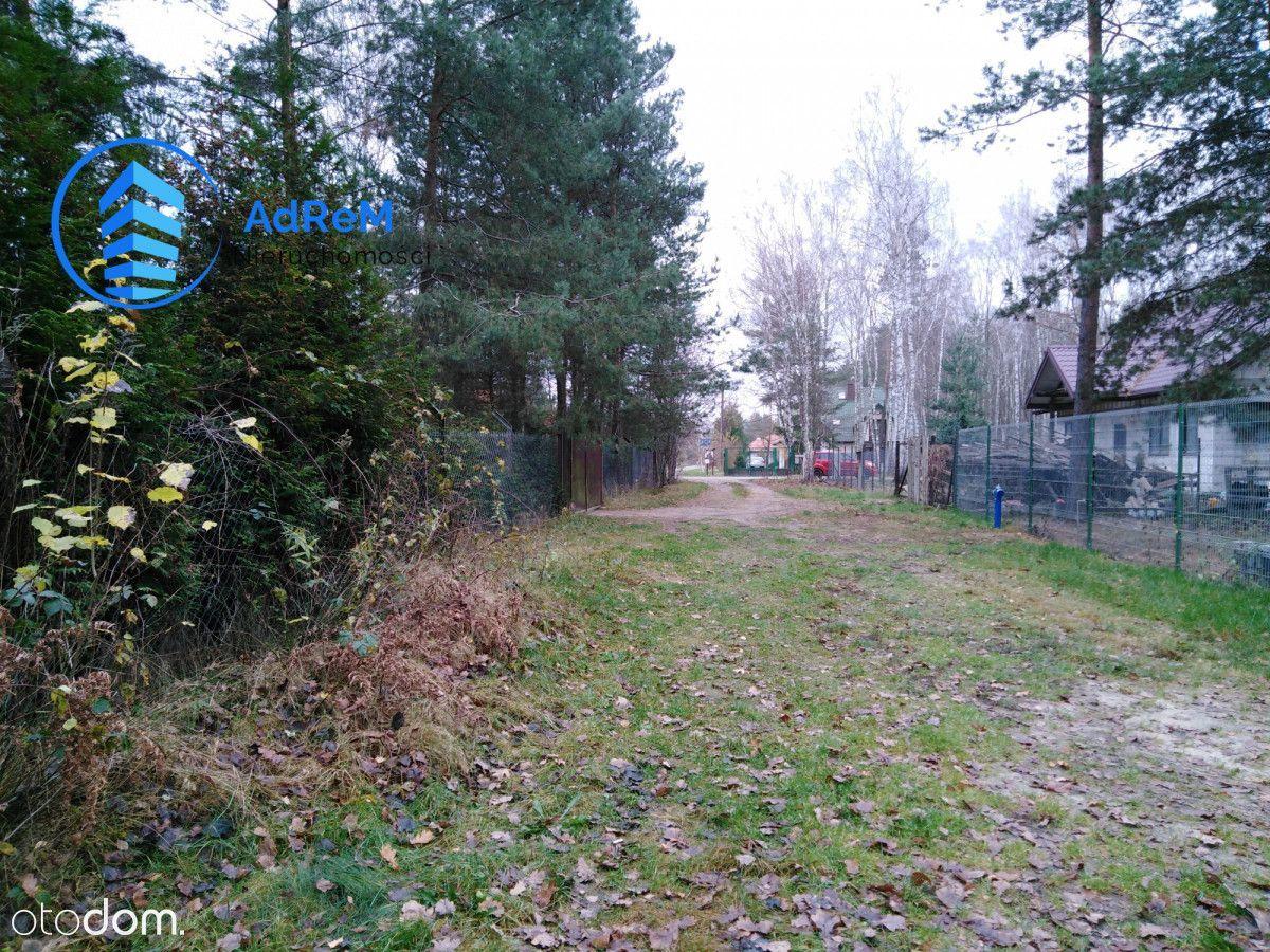 Działka rekreacyjna Park Chojnowski gm. Prażmów