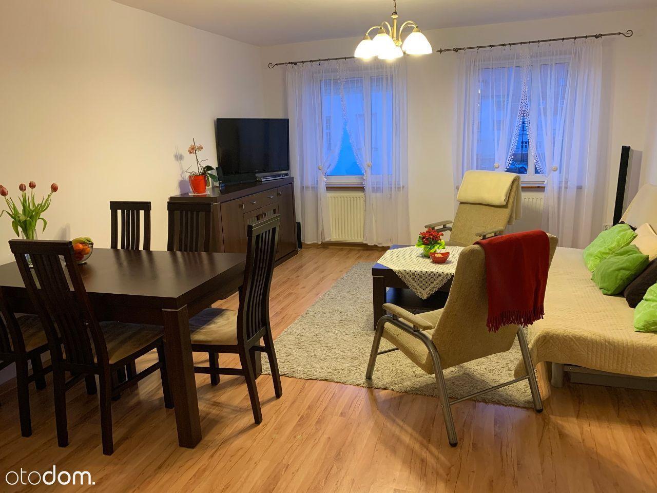 Przestronne mieszkanie w centrum Trzebnicy