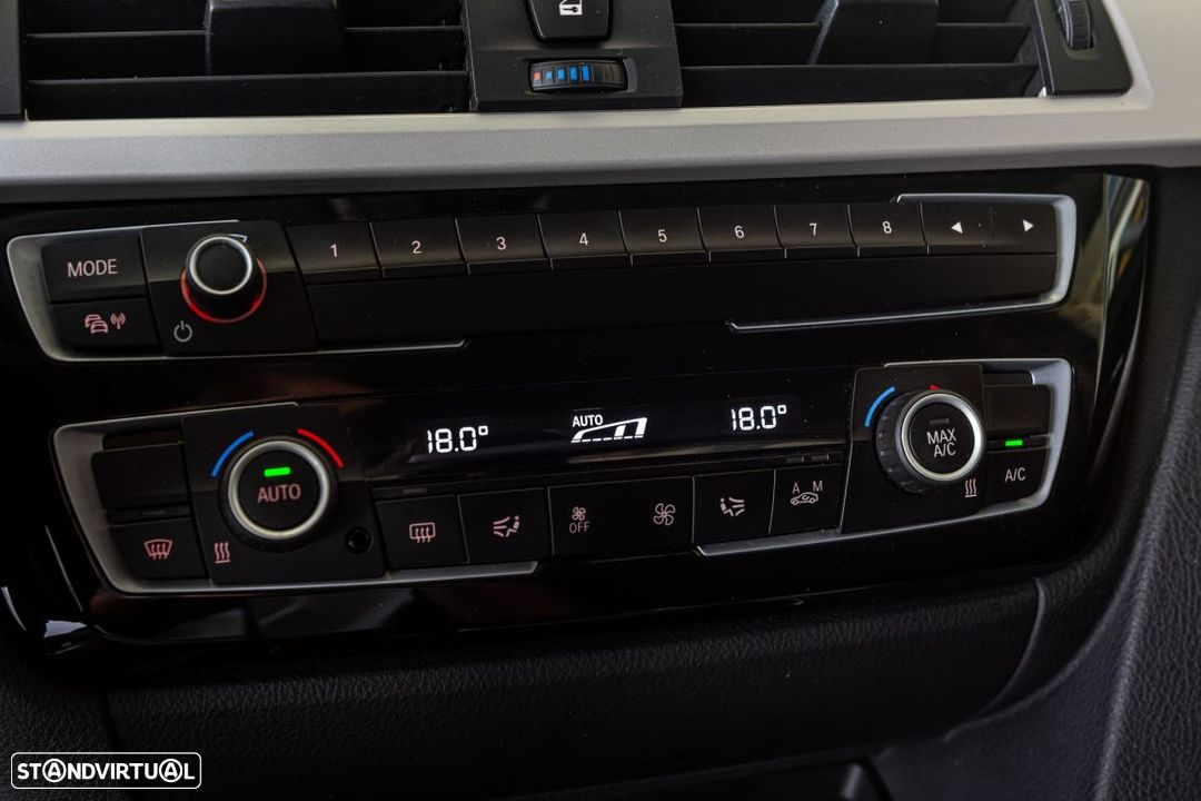 BMW 318 d Touring Ultimate Auto - 18