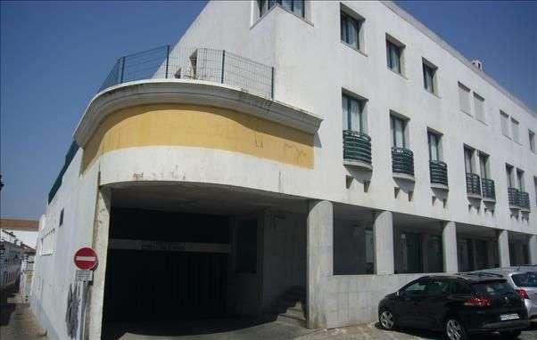 Garagem para comprar, Évora (São Mamede, Sé, São Pedro e Santo Antão), Évora - Foto 4