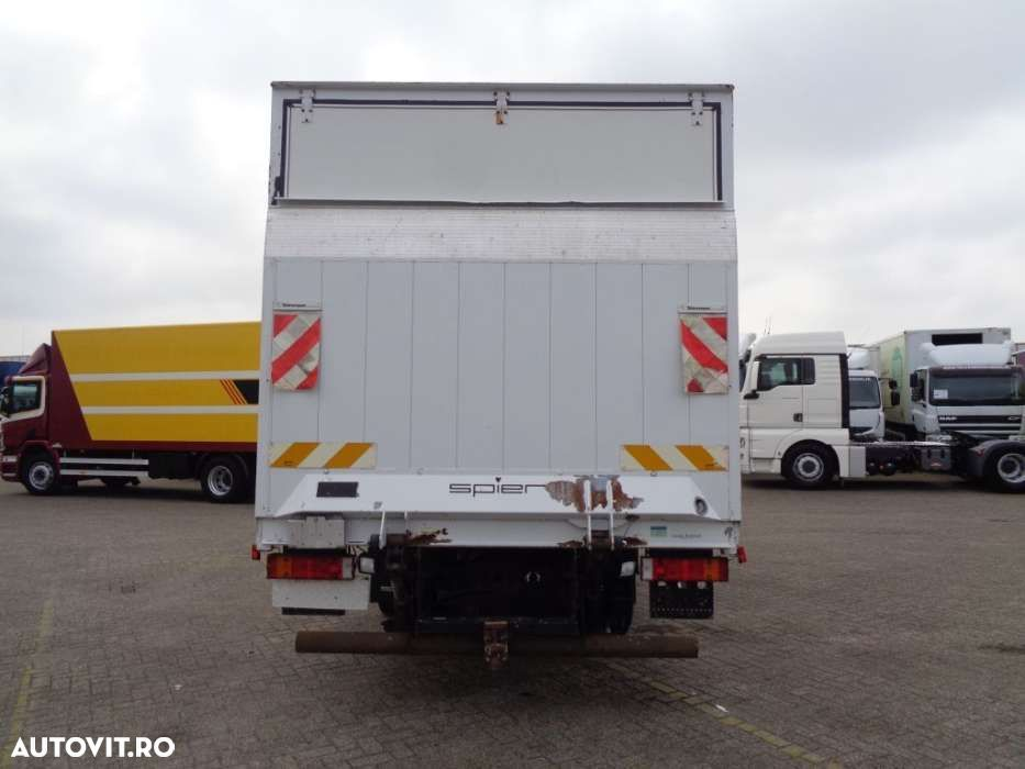 Mercedes-Benz Vario 816D + Manual + Lift - 3