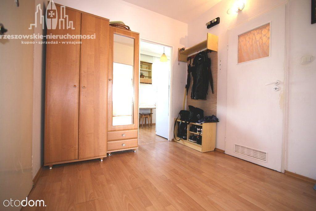 Mieszkanie 2 pokoje przy ul. Stojałowskiego.
