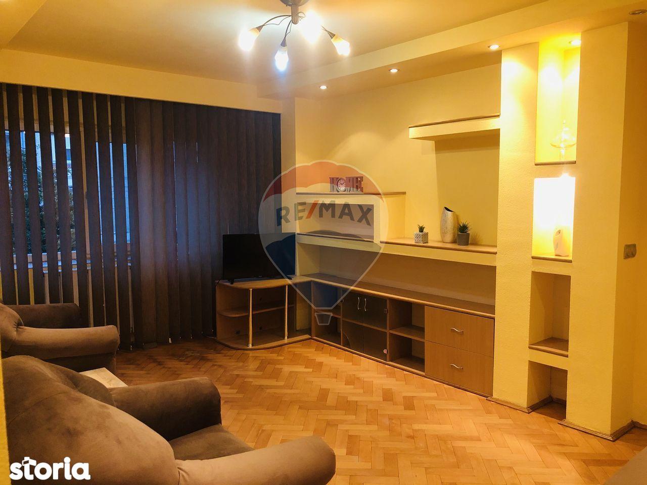 Apartament cu 3 camere de închiriat în zona Calea Aradului