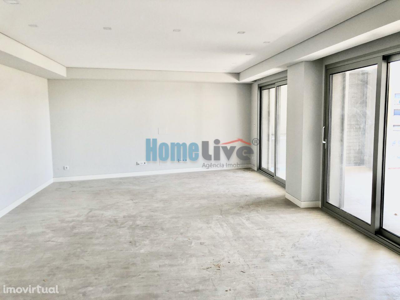Apartamento T3 NOVO na MALVAROSA, em Alverca