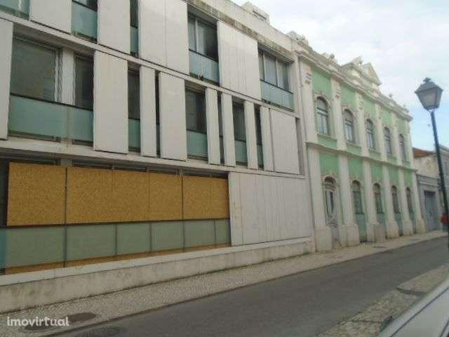Loja para comprar, Torres Vedras (São Pedro, Santiago, Santa Maria do Castelo e São Miguel) e Matacães, Torres Vedras, Lisboa - Foto 2