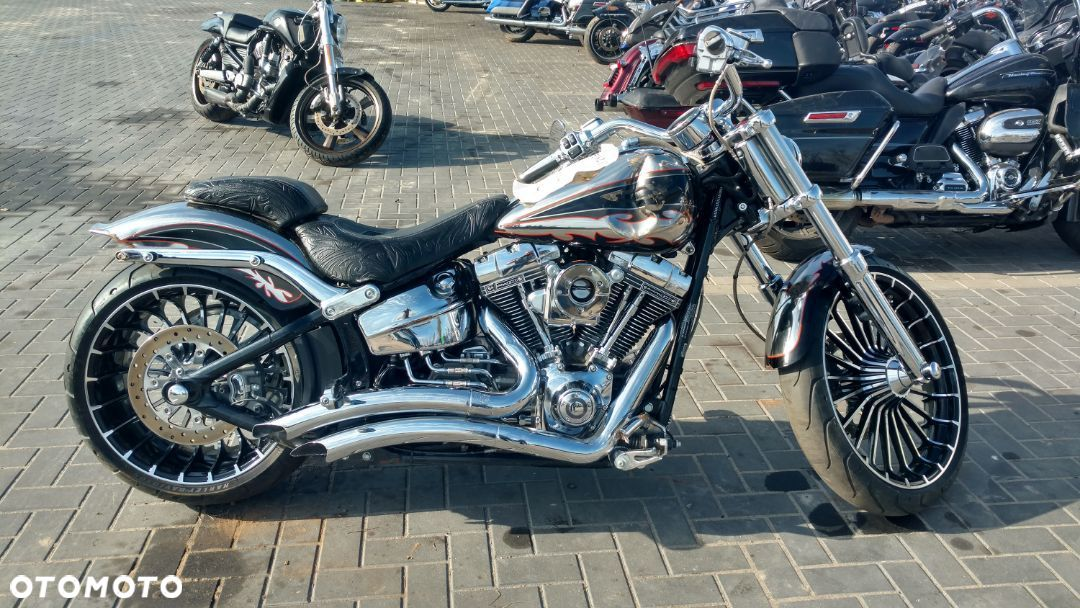 Harley-Davidson FXSB Breakout FXSBSE Breakout CVO Screaming Eagle 110 Cali z ABS Vance & Hines - 8
