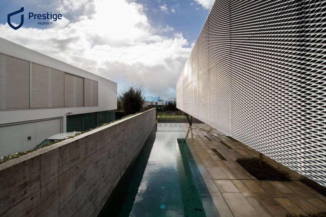 Moradia para comprar, Carnaxide e Queijas, Lisboa - Foto 1