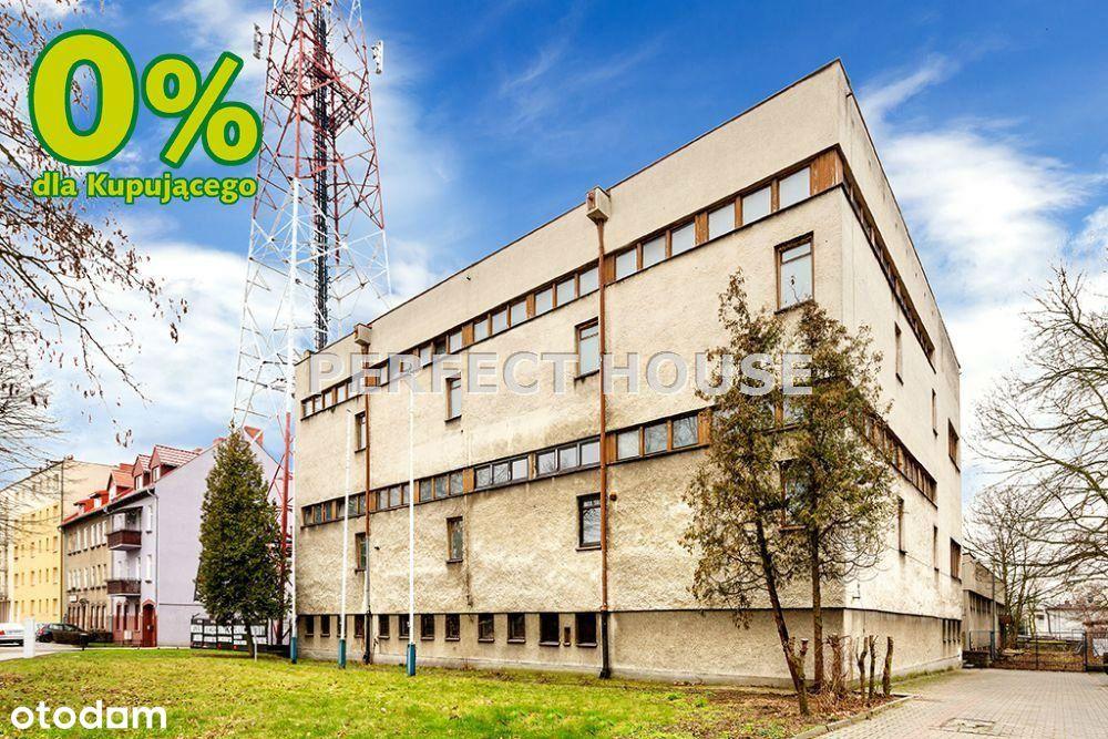 Biurowiec w Szamotułach o pow. 1846 m2