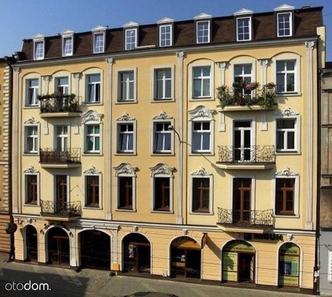 dwupokojowe mieszkanie w pięknej kamienicy ul.Kili