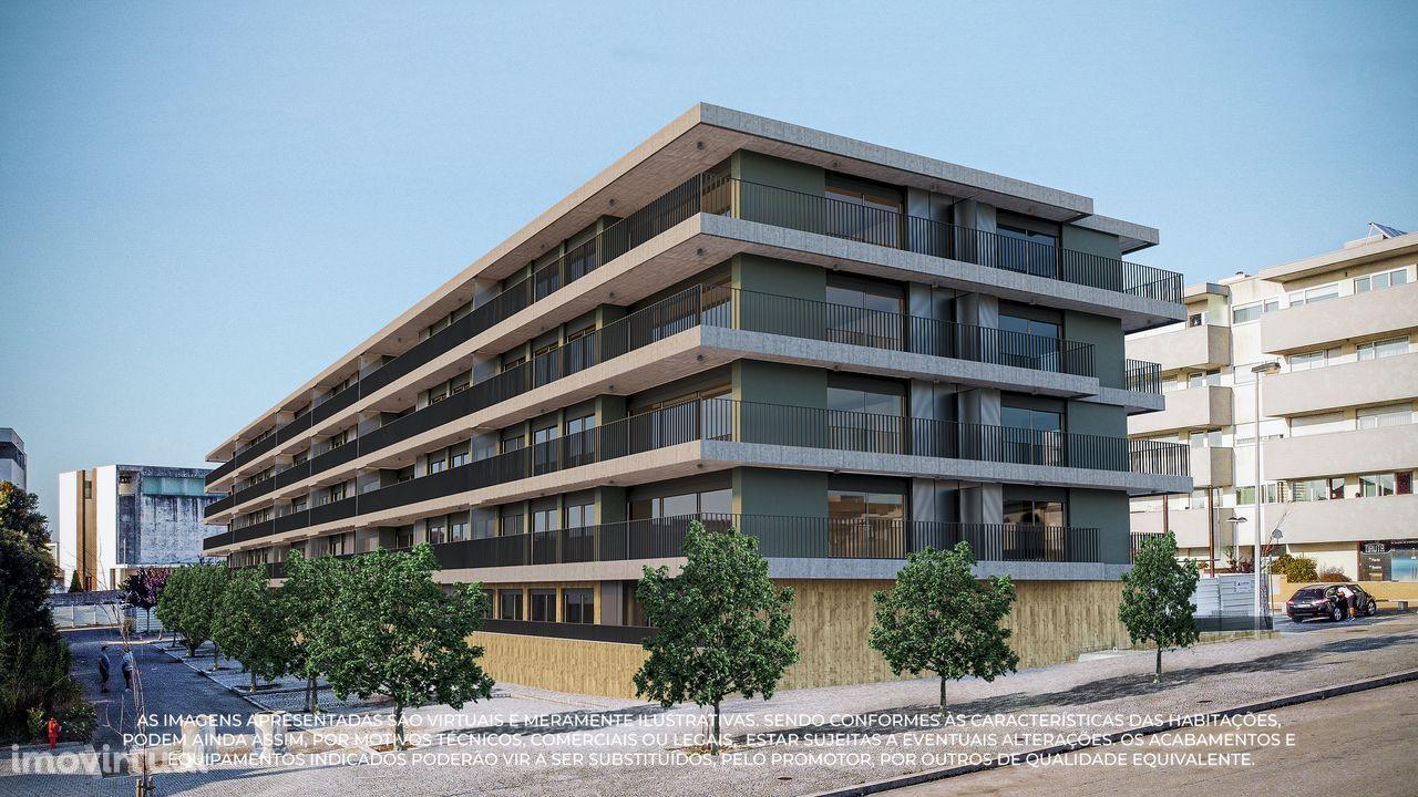 Apartamento T3 Venda Ultimo Piso Candal Varanda inicio Construção
