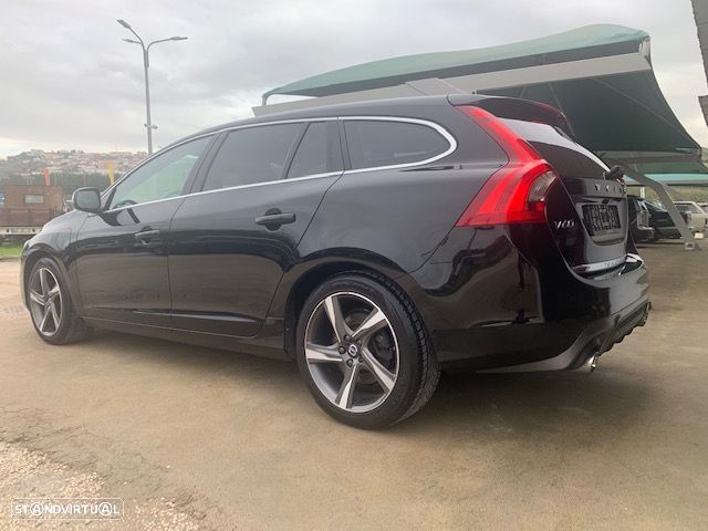Volvo V60 Cross Country 2.4 d r-design twin engine d6 - 8