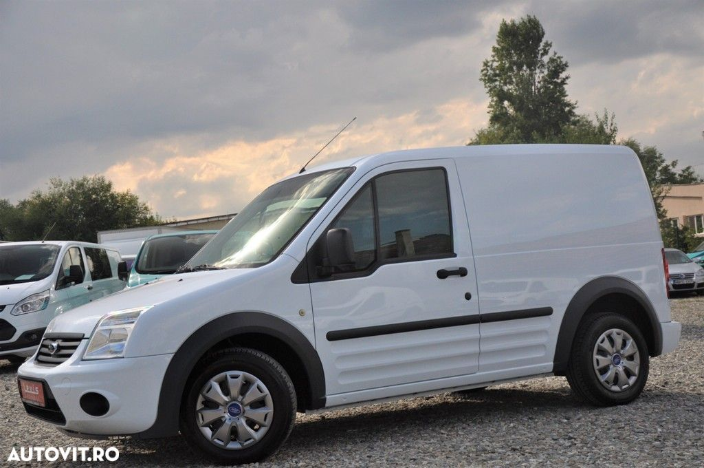 Ford Transit Connect - 25